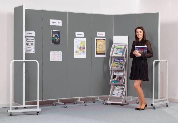 Mobile Insta-Wall Folding Display Screen
