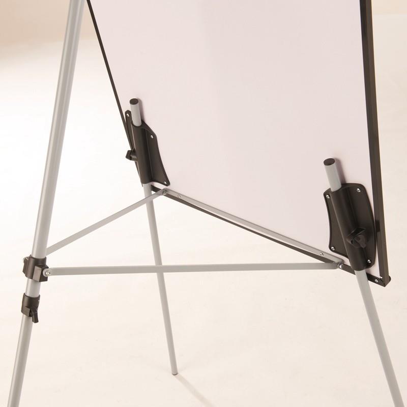 Hawk Magnetic Flipchart Easels