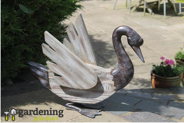 Rustic Swan Garden Ornament