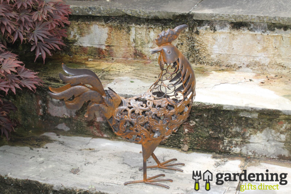 Rusty Metal Rooster Garden Ornament