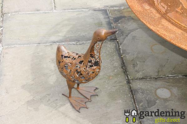 Rusty Metal Duck Garden Ornament