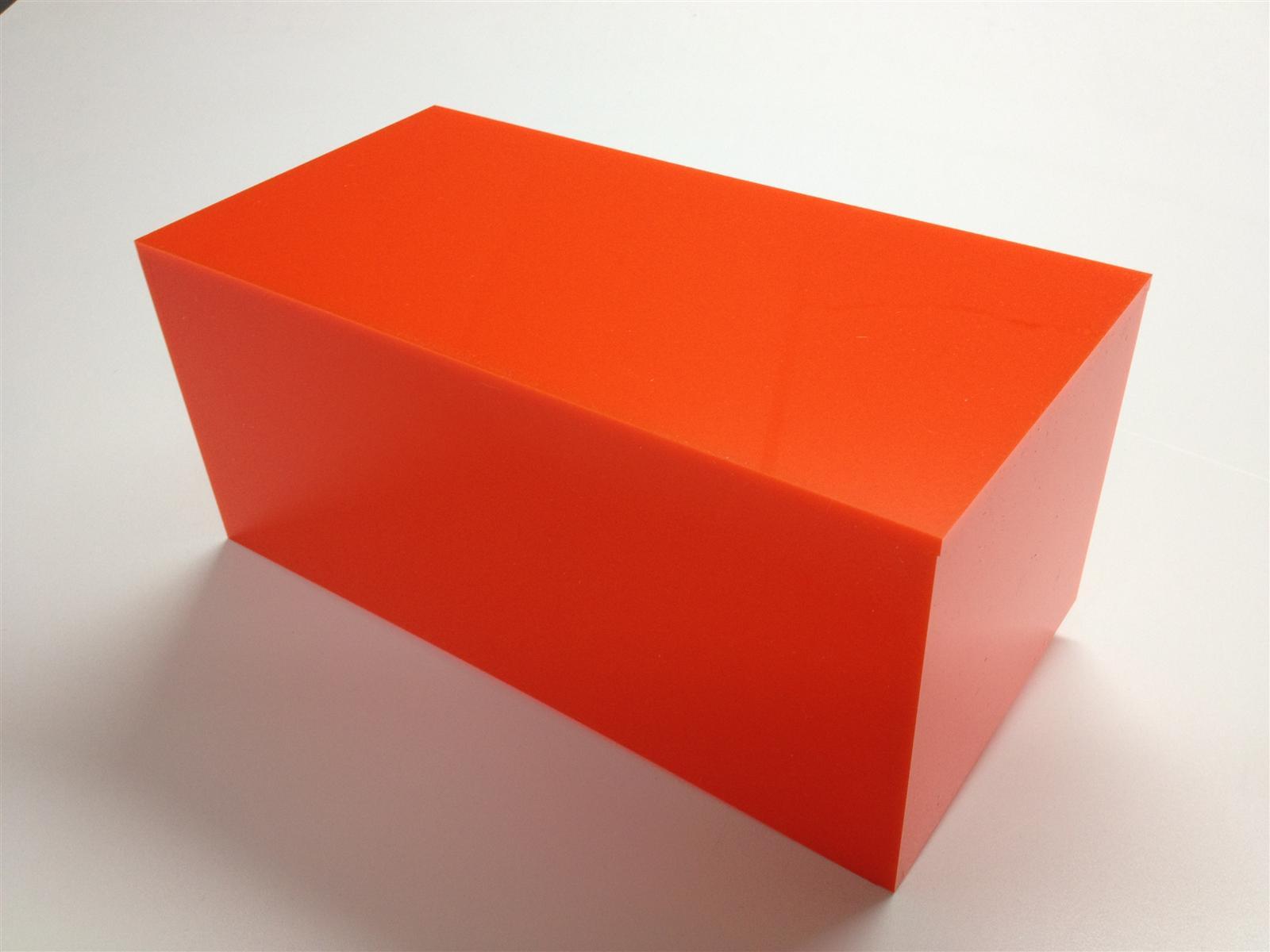 Coloured Perspex Boxes & Plinths